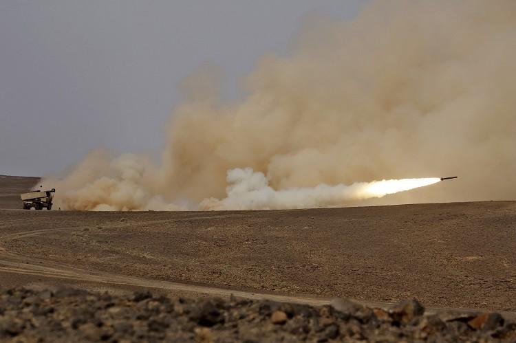 Photo of الحوثيون يتوعدون السعودية بمزيد من الصواريخ