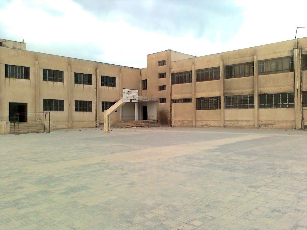 Photo of بكلفة 50 مليون ليرة صيانة 17 مدرسة في حماة ومناطقها