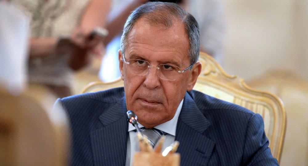 Photo of لافروف: مقتل السفير كارلوف يجب أن يزيل المعايير المزدوجة في مكافحة الإرهاب