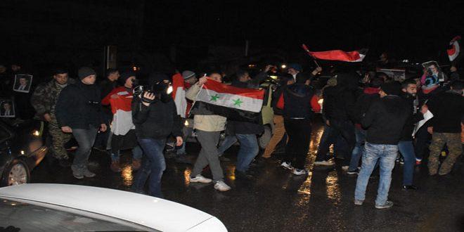 Photo of مسيرات حاشدة في شوارع وساحات حلب احتفالا بإعادة الأمن والأمان إليها