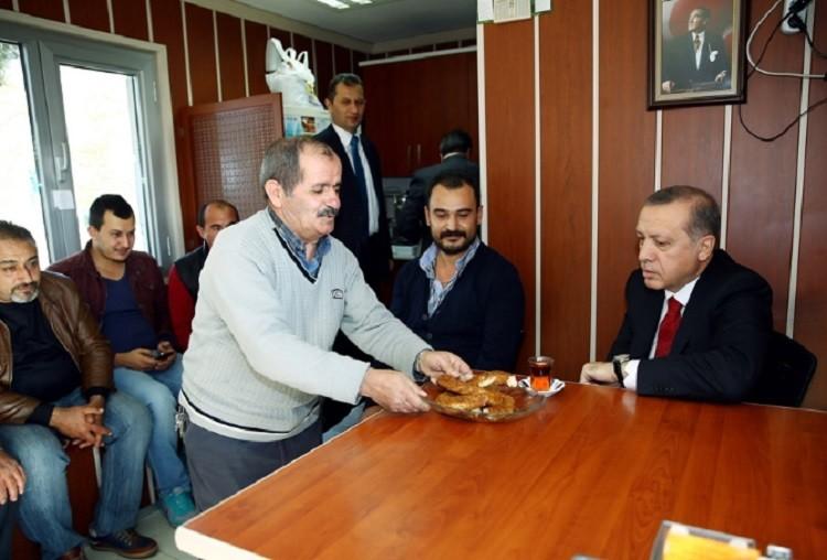 Photo of الشرطة التركية تعتقل مواطنا يرفض تقديم الشاي لإردوغان