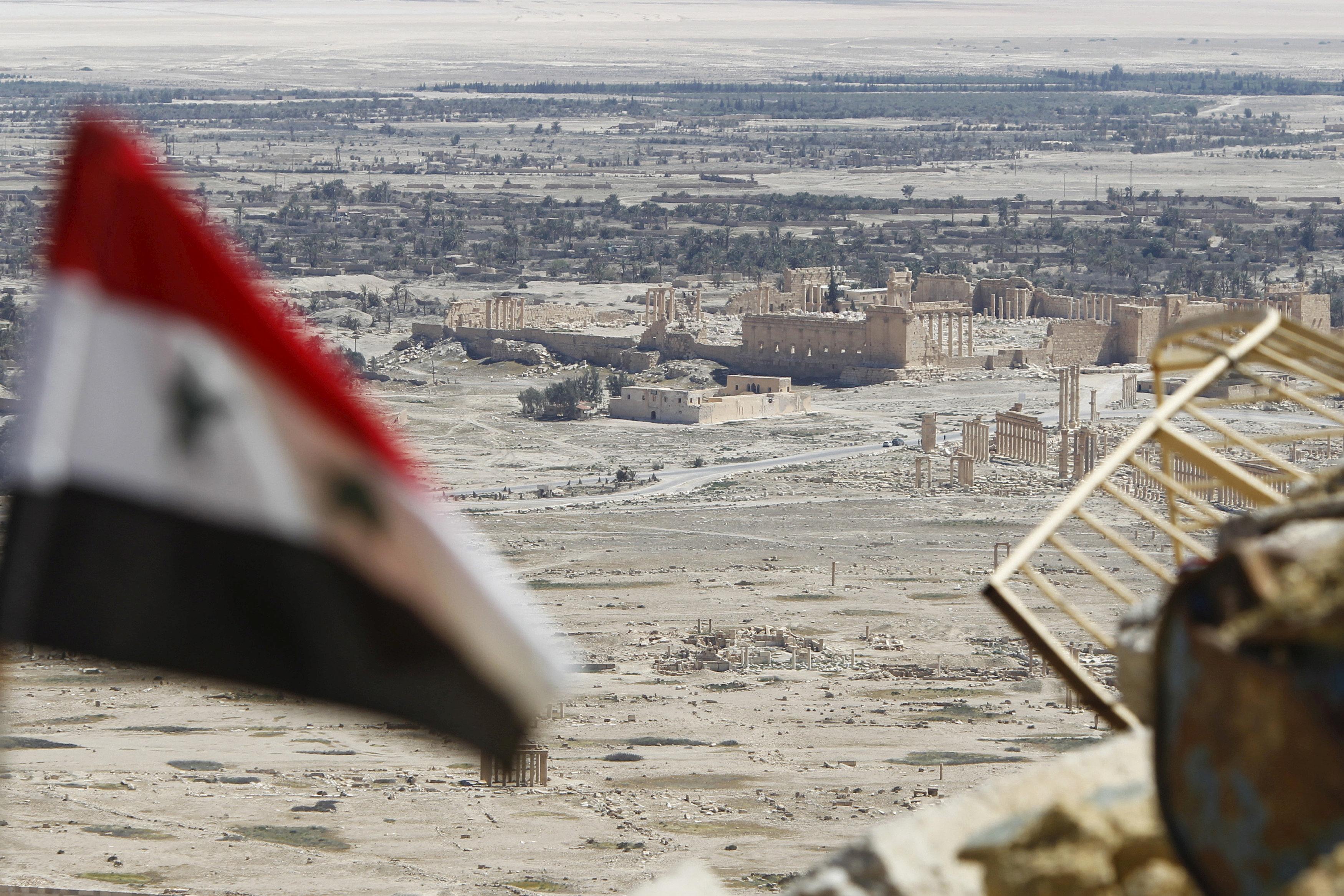 "Photo of مركز حميميم: تنظيم ""داعش"" استقدم 4000 إرهابي للسيطرة على تدمر"