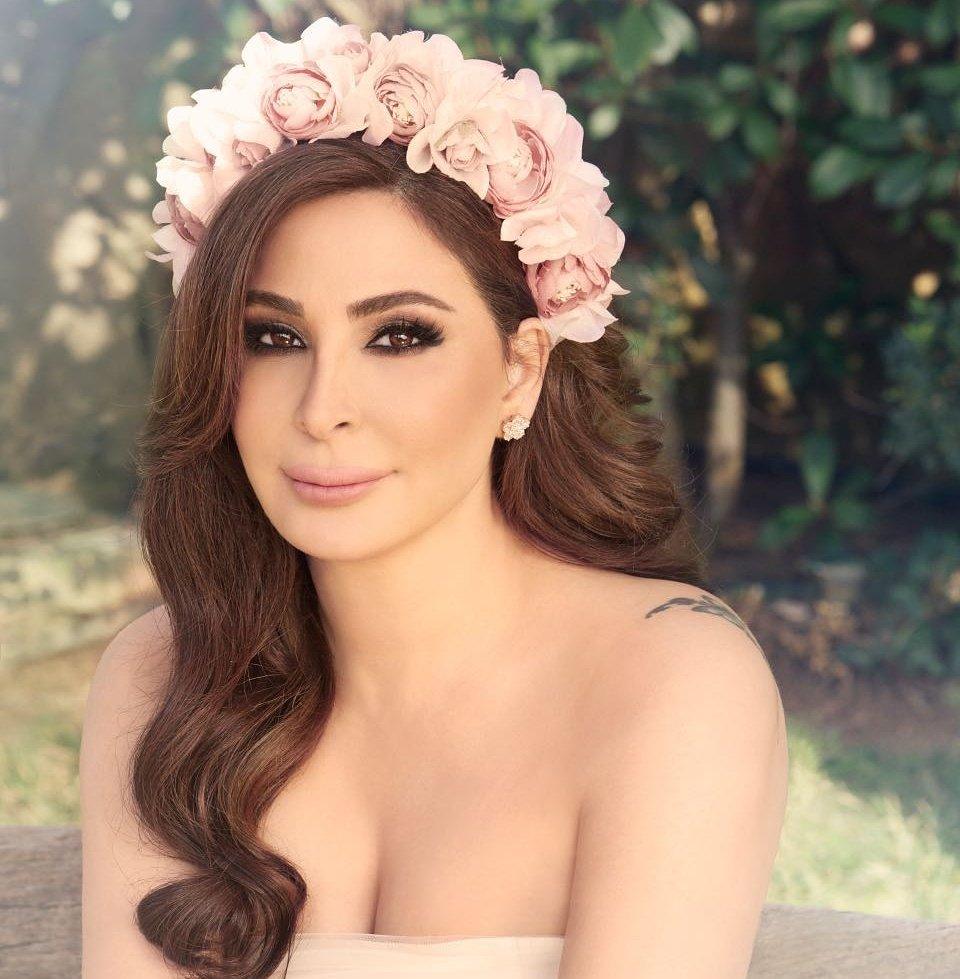 Photo of إليسا تؤيد الإنجاب بلا زواج!