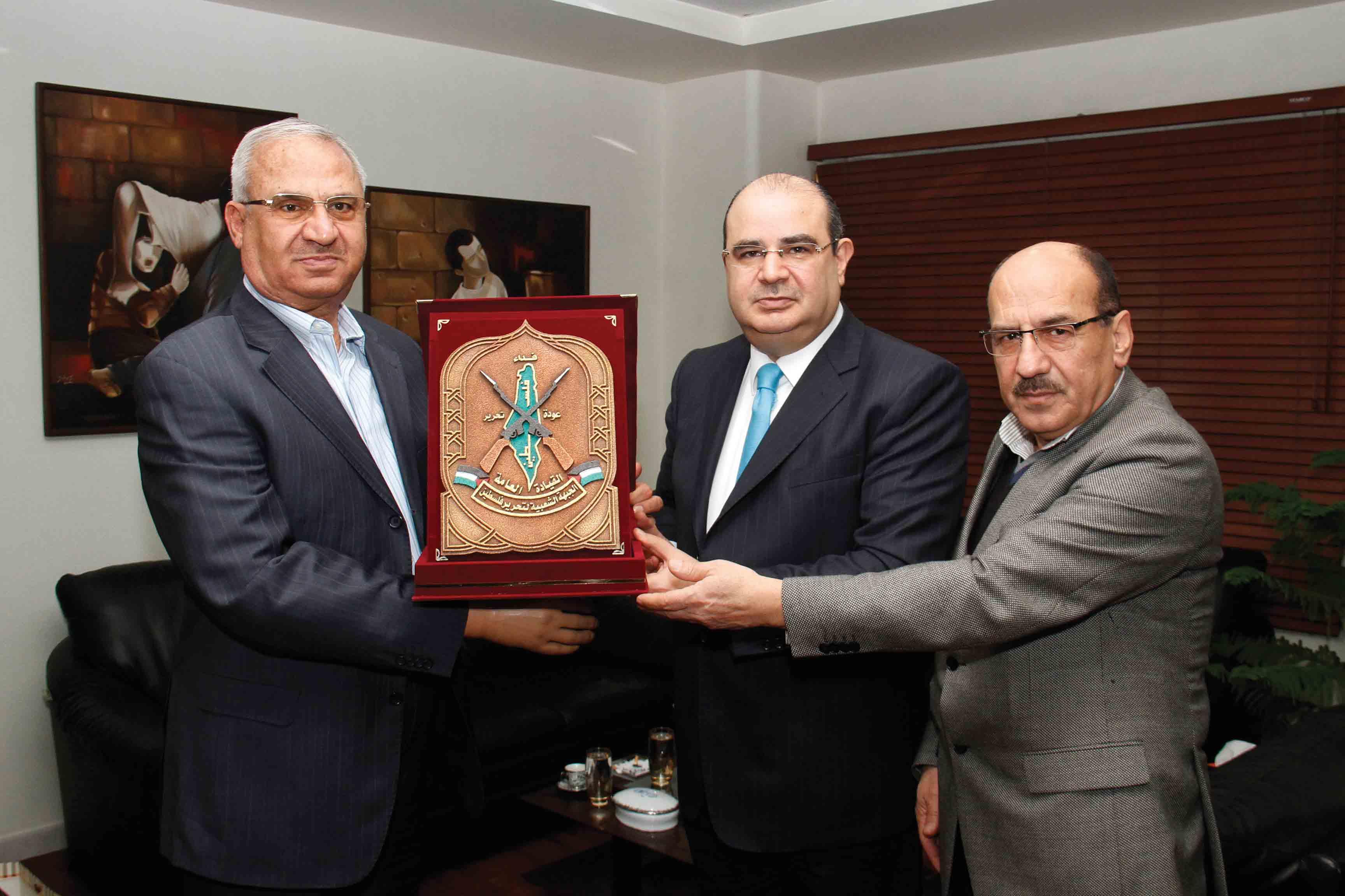 Photo of درع الجبهة الشعبية – القيادة العامة – لصحيفة «الوطن»