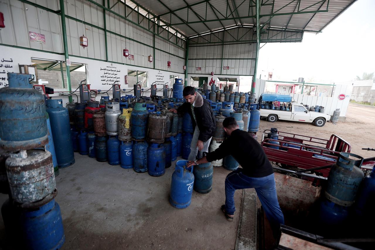 صورة مدير في «النفط» لـ«الوطن»: زيادة في إنتاج الغاز المنزلي ليتجاوز 100 ألف أسطوانة يومياً