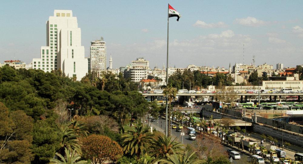 Photo of ثلاثة نواب فرنسيين في دمشق