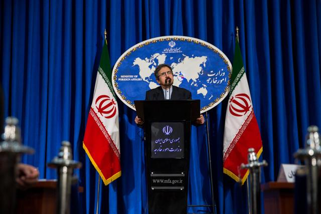 "Photo of طهران: الرئيس الأسد حمى دمشق من ""داعش"""