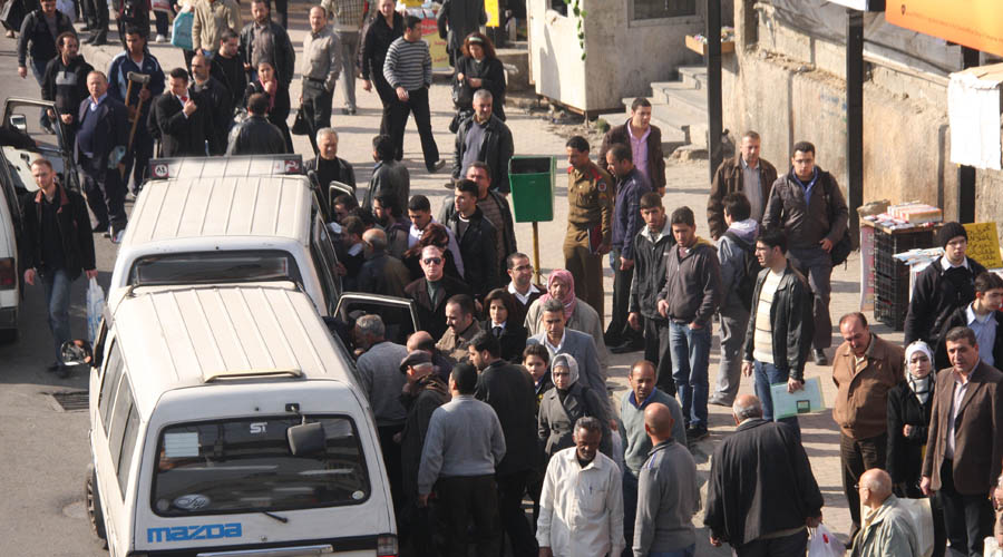 Photo of أزمة نقل تخنق ريف دمشق