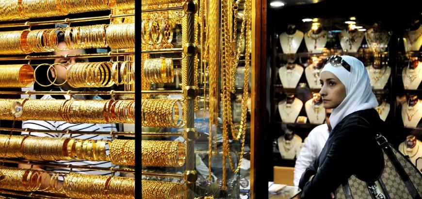 Photo of الذهب يرتفع  محلياً إلى 19 ألف ليرة للغرام 21 قيراطاً