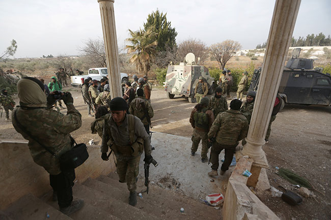 Photo of بحث لمسألة تسليم مدينة الباب إلى الحكومة السورية