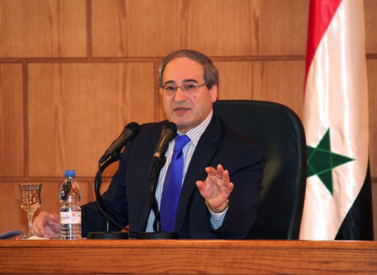 Photo of المقداد: الحكومة السورية تمتلك اليد العليا في العملية السياسية