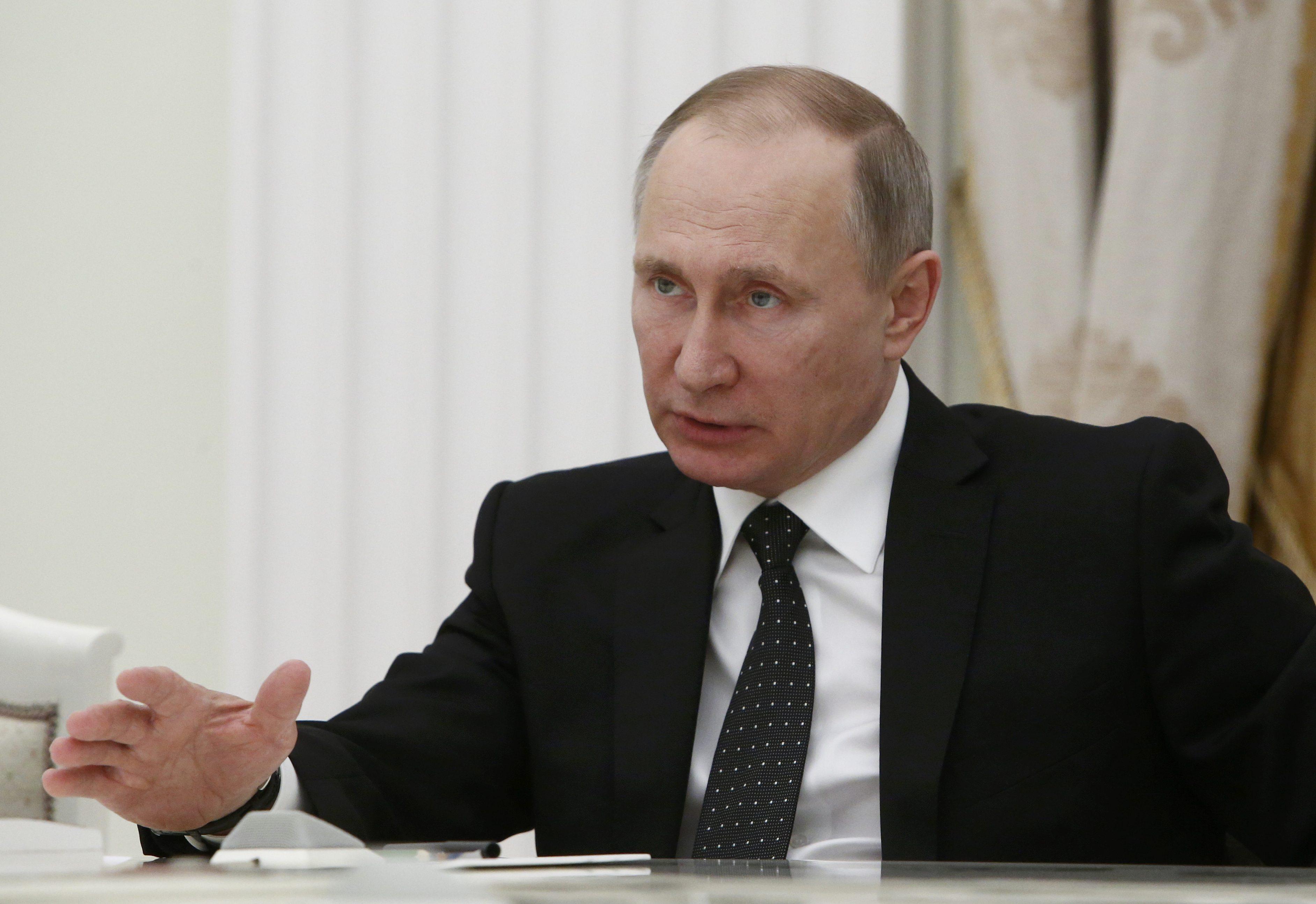 صورة بوتين: موسكو تولي اهتماماً كبيراً لاتفاق وقف إطلاق النار في سورية