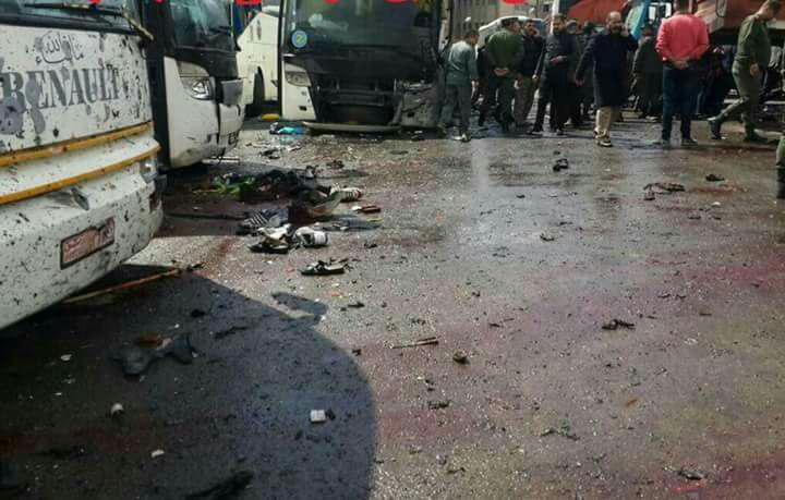 Photo of استشهاد وإصابة العشرات إثر تفجيرين انتحاريين في مقبرة باب الصغير بدمشق