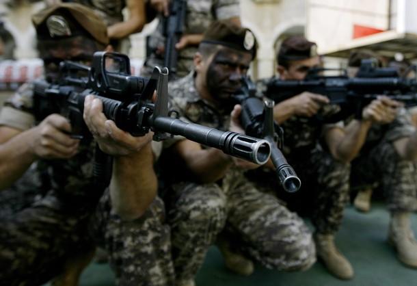 """Photo of الجيش اللبناني يقتل """"الأمير الشرعي لداعش"""" ويعتقل 10 إرهابيين آخرين في جرود عرسال"""