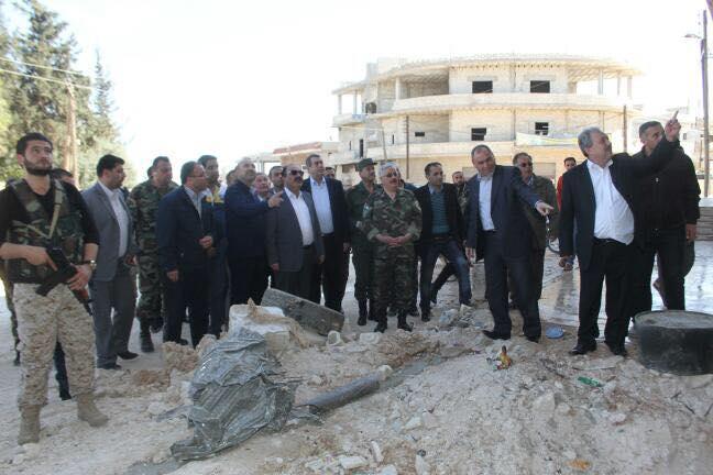 Photo of هلال الهلال يتفقد قرى ريف حماة الشمالي.. ويؤكد على أن صمودهم كان العامل الأساسي في طرد الإرهاب