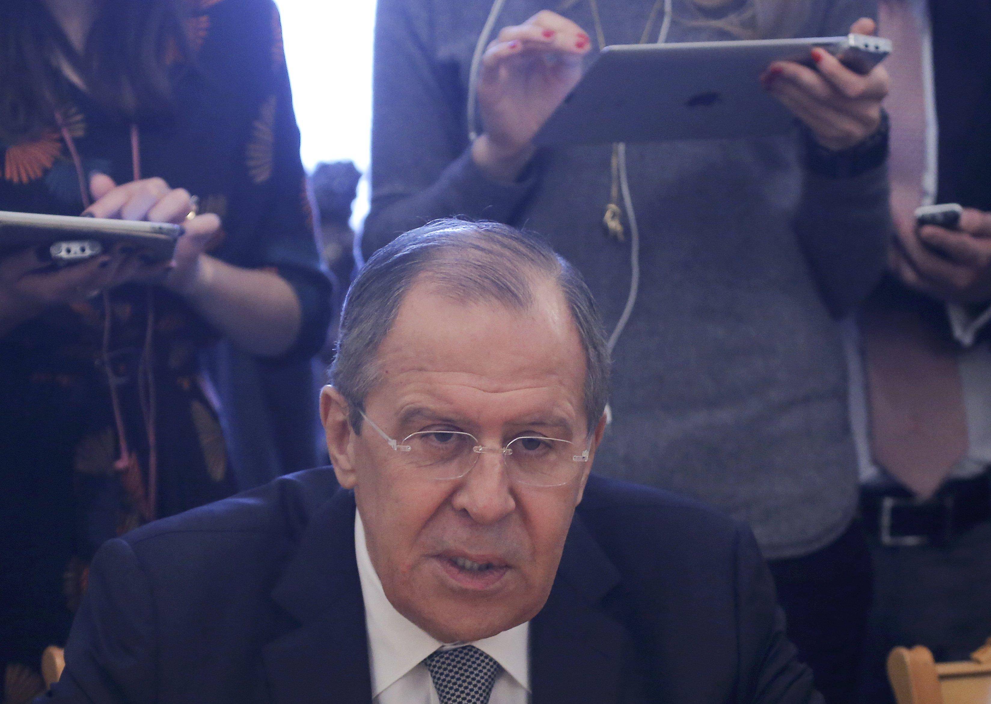 Photo of لافروف: تفجير بطرسبورغ يؤكد ضرورة توحيد الجهود لمكافحة الإرهاب