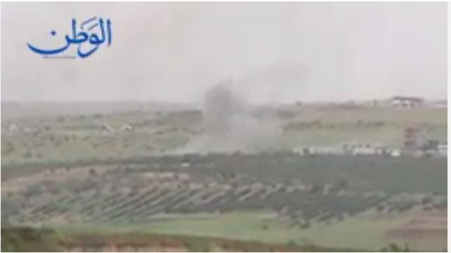 Photo of بالفيديو : تمهيد ناري كثيف وآليات للمليشيات الارهابية تحترق بمن فيها على أطراف اللطامنة