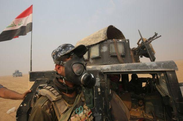 صورة داعش يستخدم السلاح الكيميائي في الموصل