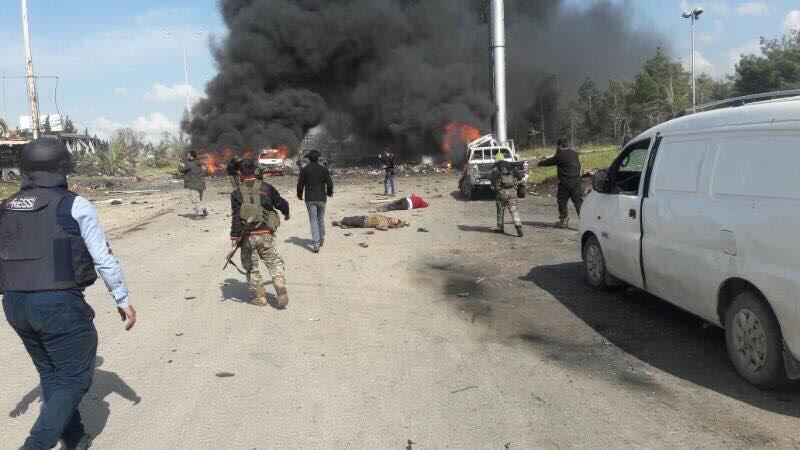صورة أكثر من 70 شهيداً وجريحاً بين مدنيي الفوعة وكفريا في تفجير إرهابي غرب حلب