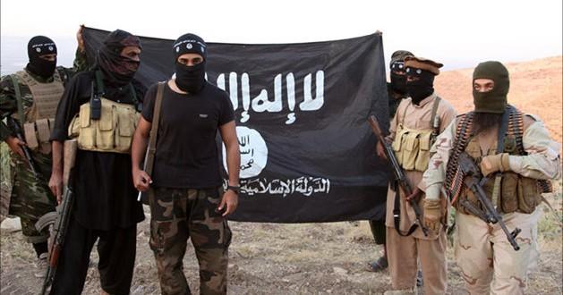 """Photo of """"داعش"""" يرتكب مجزرة بحق المواطنين الهاربين من ريف دير الزور الشرقي"""