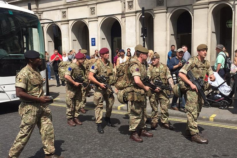 Photo of حالة تأهب قصوى في بريطانيا.. والجيش ينتشر في البلاد