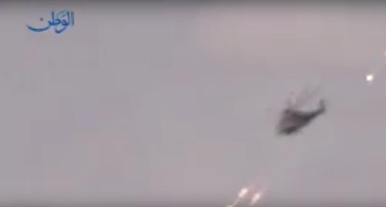 Photo of مشاهد جديدة من العمليات العسكرية في البادية السورية باتجاه التنف