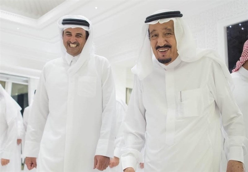Photo of محور الإرهاب يتصارع.. وقطر محاصرة