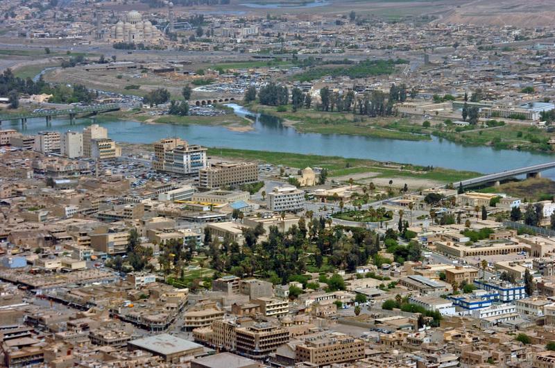 """صورة العبادي: أيام قليلة وستكون الموصل محررة من """"داعش"""""""