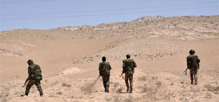 """Photo of الجيش يوسع عملياته في بادية تدمر ويكبد """"داعش"""" خسائر كبيرة"""