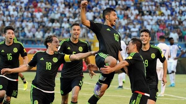 Photo of المكسيك تطيح بنيوزيلندا وتلتحق بالبرتغال في صدارة المجموعة