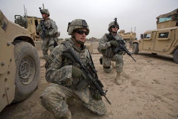 Photo of جندي أفغاني يقتل جنديين أمريكيين شرق أفغانستان