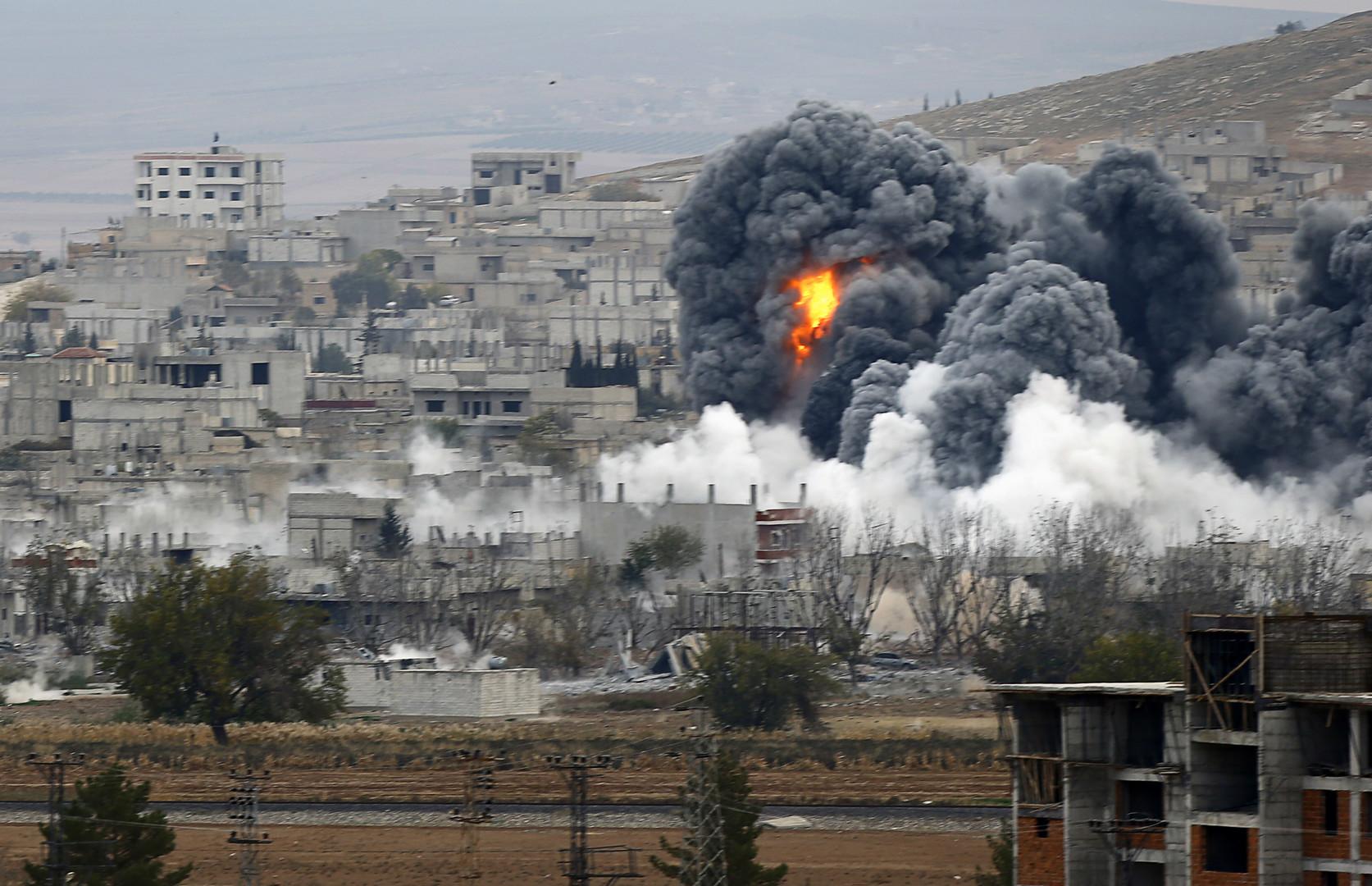 """Photo of """"التحالف الدولي"""" يرتكب مجزرة جديدة في بلدة الكشكية بريف دير الزور"""