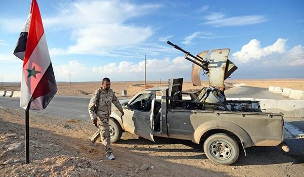 Photo of الجيش السوري يسيطر على عدد من حقول النفط بريفي الرقة ودير الزور