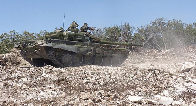 "Photo of الجيش والدفاع الوطني يتصدون لهجوم إرهابيي ""الجبهة الاسلامية"" على نقاط لهم غرب السلمية"