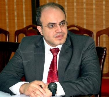 "Photo of وزير الاقتصاد لـ""الوطن أون لاين"": اتفاقيات اقتصادية بين شركات سورية وإيرانية"