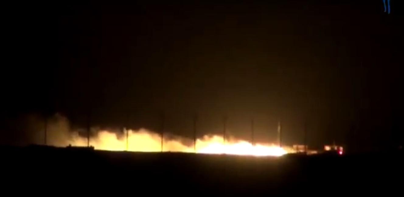 Photo of مشاهد ليلة من تقدم الجيش السوري في البادية شرق السويداء واشتباكه مع الارهابيين