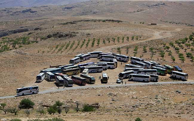 Photo of النصرة من عرسال اللبنانية إلى إدلب السورية