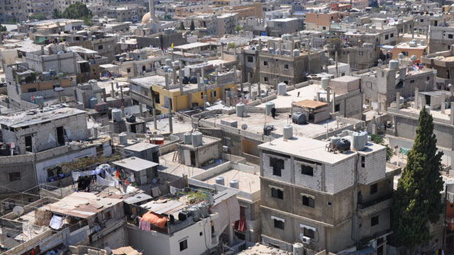 Photo of تشميل السكن العشوائي المتضرر ضمن مشروع قانون الإعفاء من الرسوم