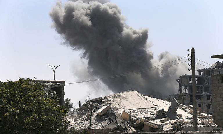 Photo of «فورين بوليسي»: الولايات المتحدة تنكر الضحايا المدنيين في سورية