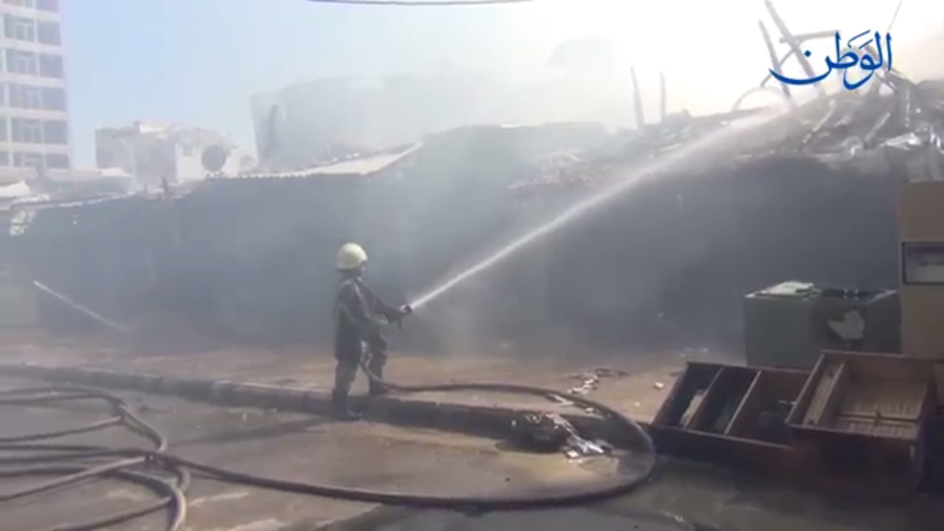 صورة 3 وفيات في اندلاع حريق بسوق الهال القديم في شارع الثورة بدمشق
