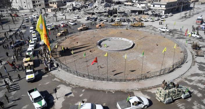 Photo of دمشق: مدينة الرقة محتلة حتى يدخلها الجيش السوري