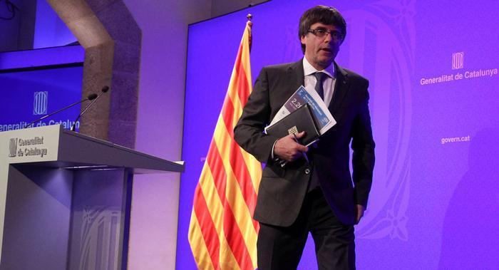 Photo of رئيس إقليم كتالونيا المقال يدعو إلى مقاومة ديمقراطية ضد الحكم المباشر من مدريد