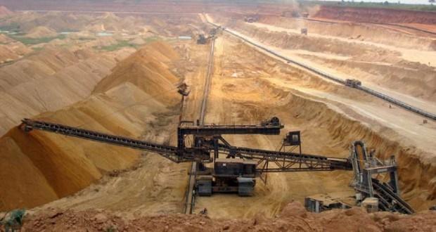 Photo of الأسمدة تستلم 500 طن من فوسفات الشرقية لإعادة الإنتاج