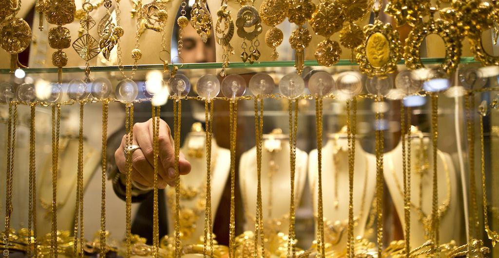 Photo of جزماتي: الذهب السوري يطير تهريباً إلى دبي عبر لبنان