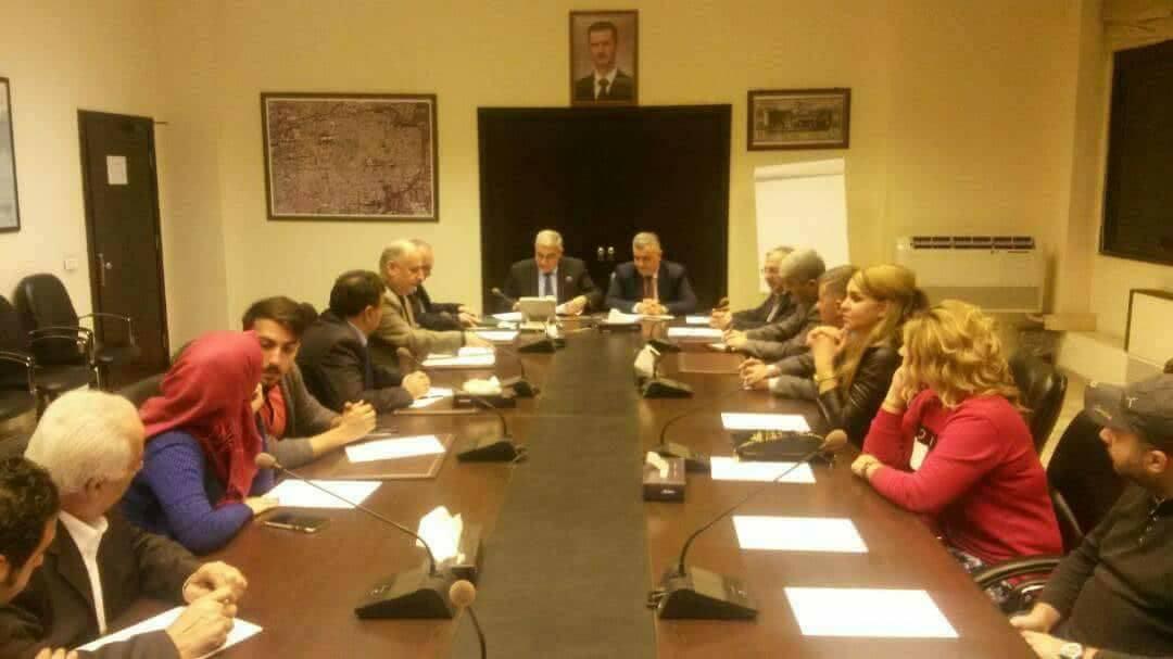 صورة وزيرا الاتصالات والإعلام يجتمعان بأصحاب الإذاعات الخاصة في سورية