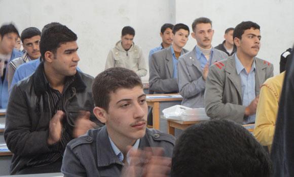 """Photo of معاهد حلب الخاصة تناشد """"الوز"""" لإنصافها"""