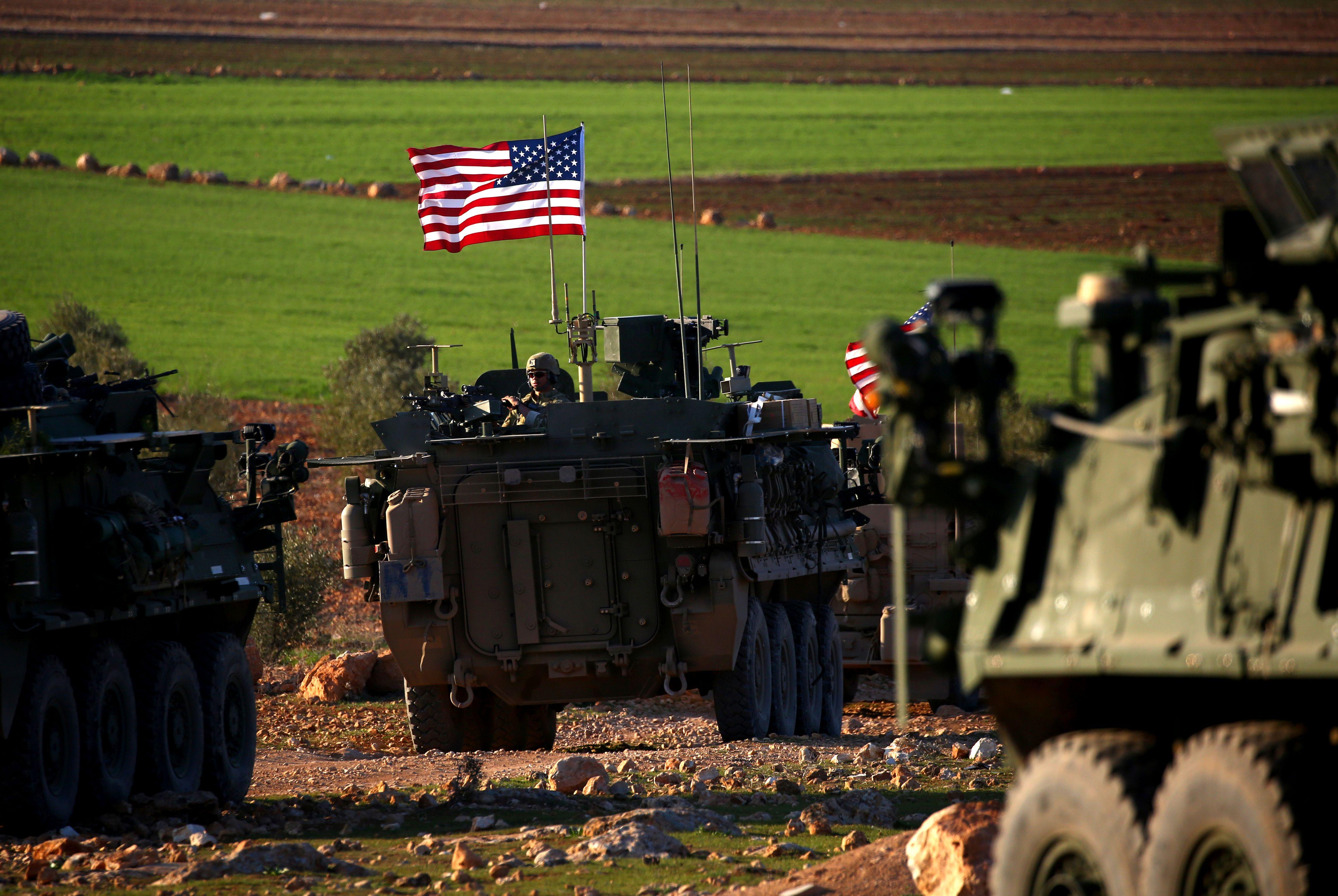 Photo of البنتاغون: سنحتفظ بقواتنا في سورية طالما لزم الأمر