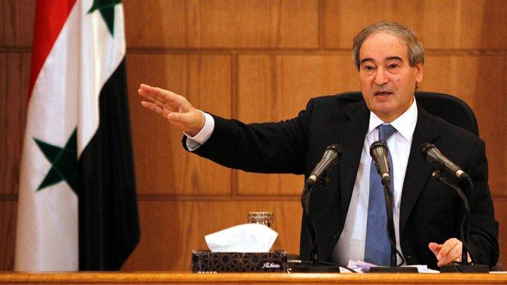 Photo of المقداد: يجب إلغاء وثيقة «الرياض 2».. و«قسد» داعش جديد