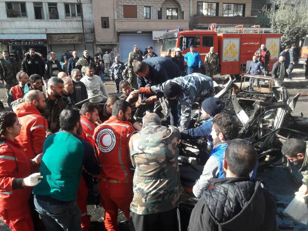 صورة الصور الأولية للتفجير الإرهابي في حافلة الركاب في حمص