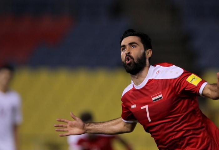 صورة خريبين والسومة يحصلان على المركزين الثاني والثالث بين أفضل اللاعبين العرب